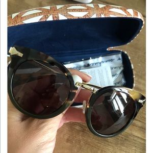 Stella and Dot Wesley Sunglasses with Case